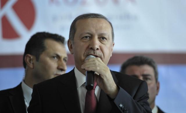 Сега Ердоган ще трябва да спечели и инвеститорите
