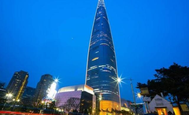 Новата най-висока сграда в Сеул постави три световни рекорда
