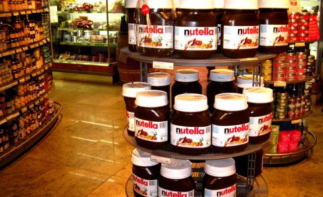 Най-странните факти за Nutella  - от първото бурканче до днес