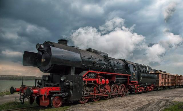 БДЖ пуска туристическо пътуване с атракционен влак за Гергьовден