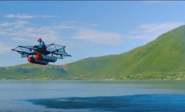 Летящата кола на Лари Пейдж направи дебют