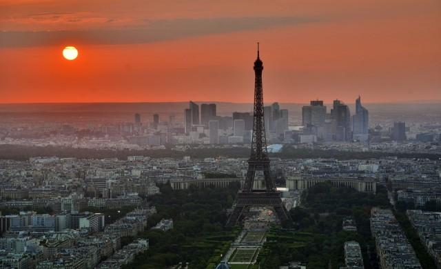 15 факта за Айфеловата кула
