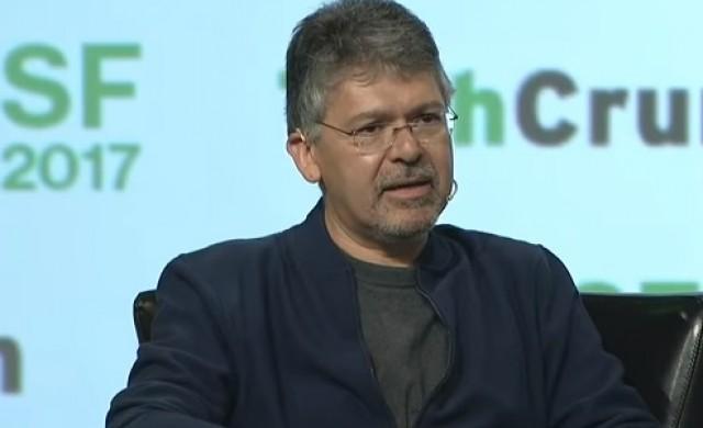 Apple открадна един от най-влиятелните служители на Google