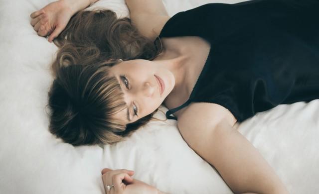 Защо жените заспиват по-трудно от мъжете