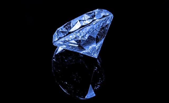 Задава ли се глобален диамантен дефицит?