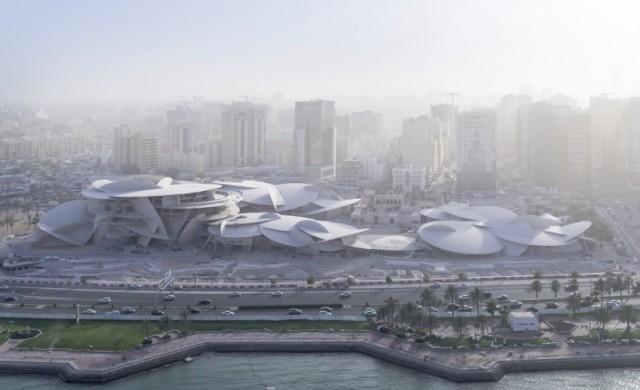 Архитектурно чудо расте сред пясъците на пустинята в Катар
