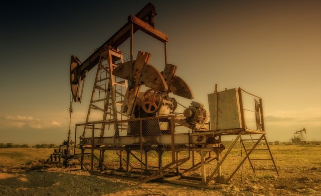 Най-голямото петролно поле се изчерпва по-бързо от очакваното