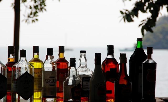 Династиите, които контролират бизнеса с алкохолни напитки