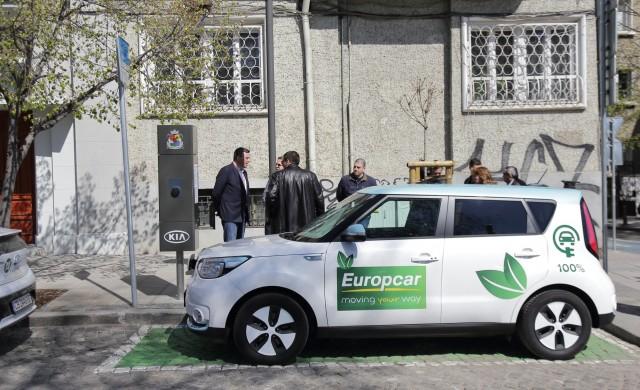 Колко електрически коли има в България?