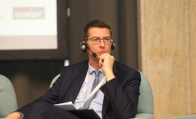 Де Мил:  Банките трябва да наблегнат на иновациите и то бързо