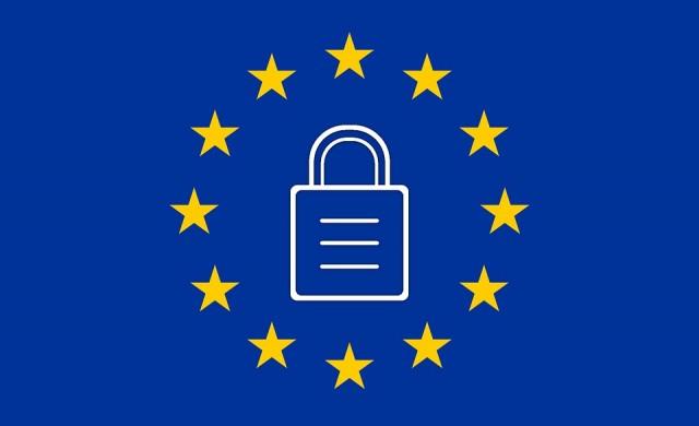 ЕС ще глобява Facebook, ако не премахва терористично съдържание