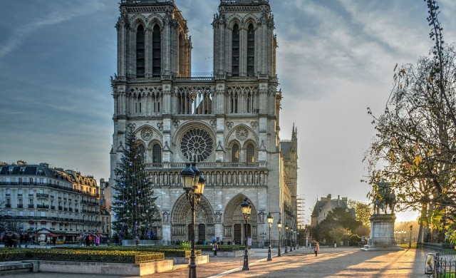 Повредената структура на катедралата