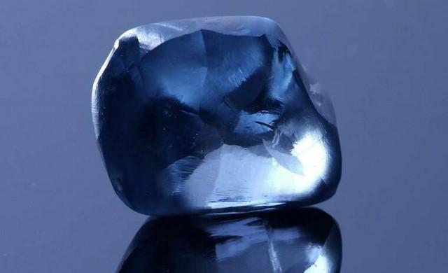 В Ботсвана откриха рядък син диамант
