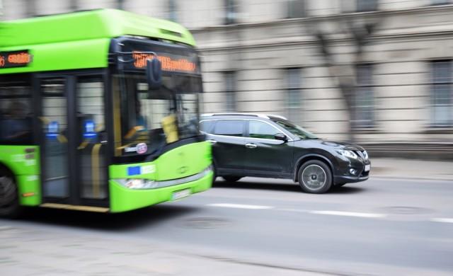 Как ще работят градският транспорт и платените зони по празниците