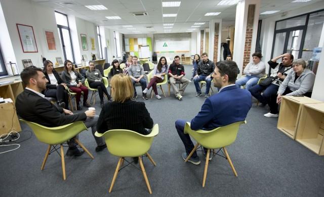 23 екипа участват в програмата Challenge YOU на ОББ и JA България