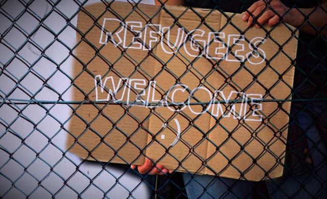Първи заразен мигрант в лагер в Гърция
