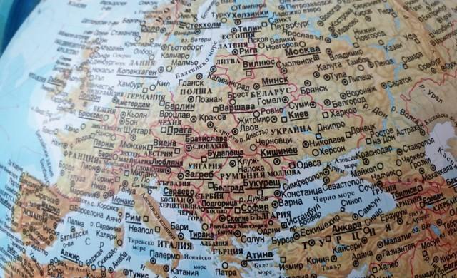 Надежди за Европа: Броят на новите случаи и починалите намалява