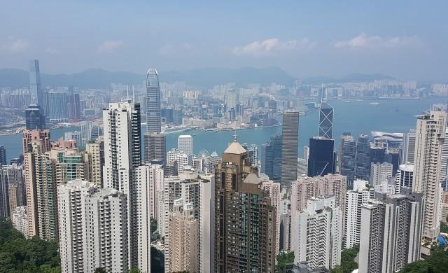 Хонконг заделя 18 млрд. долара в подкрепа на бизнеса