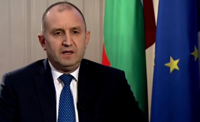 Радев: Закъсняхме с икономическите мерки