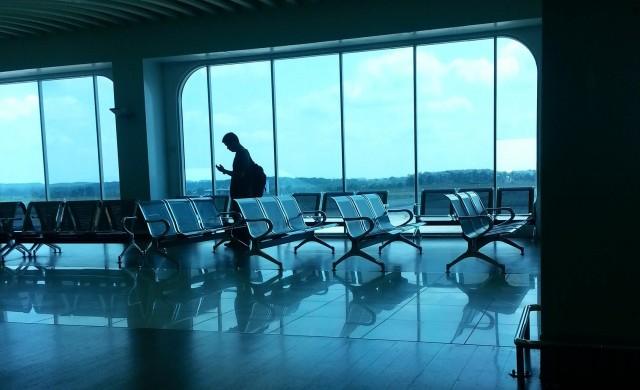 Японско летище направи легла от картон за чуждестранните пътници