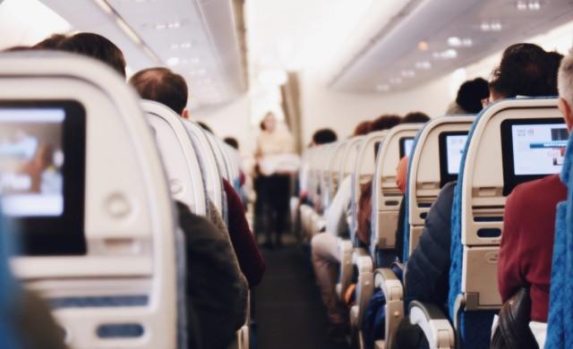 Графика показва как вирусите се разпространяват в самолета
