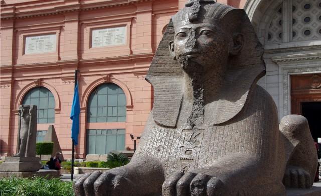 Кайро организира грандиозен парад с мумиите на древни египетски владетели