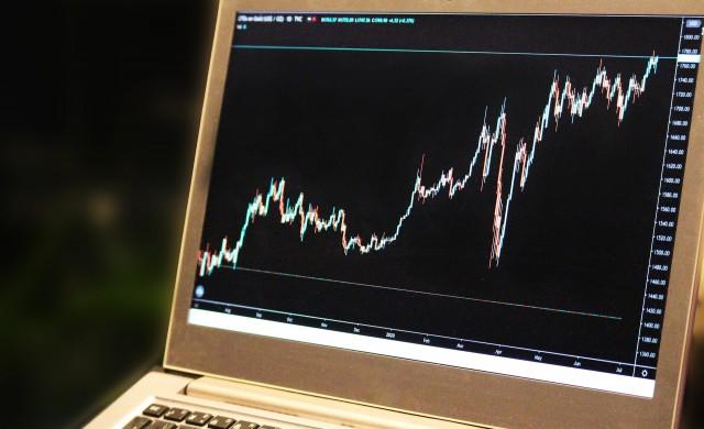 Азиатските индекси продължават възходящия си тренд