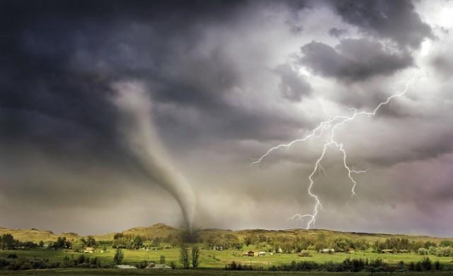 Най-добрите снимки на метеорологични явления през 2020 г.