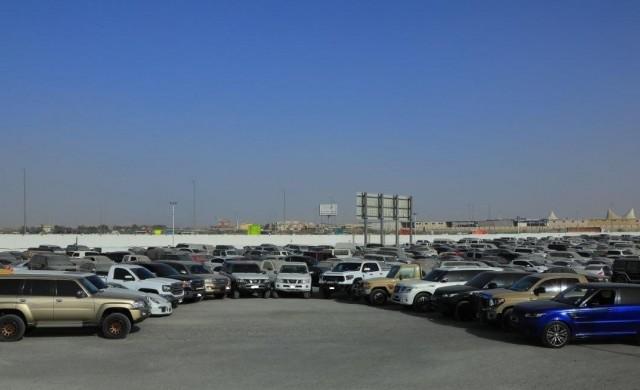 Как полицията в Дубай се бори с нарушителите по пътищата?