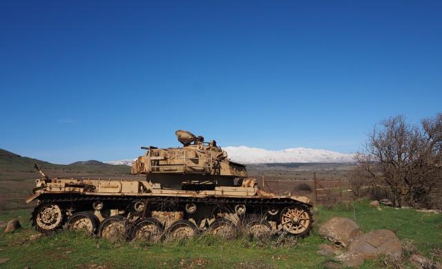 Глобалните разходи за въоръжаване достигат близо 2 трлн. долара