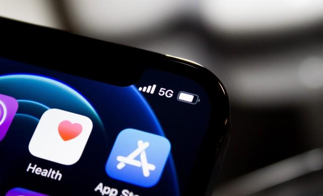 Apple удвоява печалбата си за първото тримесечие
