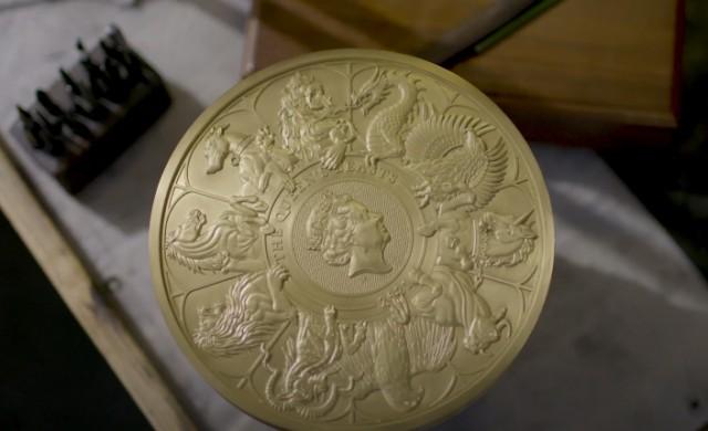 Британският монетен двор пусна най-голямата монета в историята си