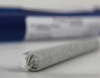 Години затвор в Дубай грозят американец, пушил марихуана в САЩ