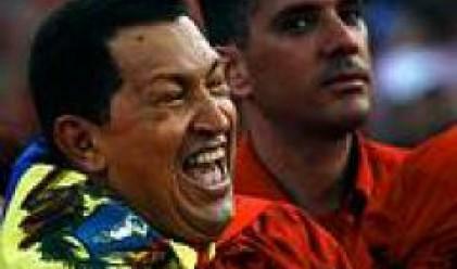 Венецуела национализира последните частни петролни компании