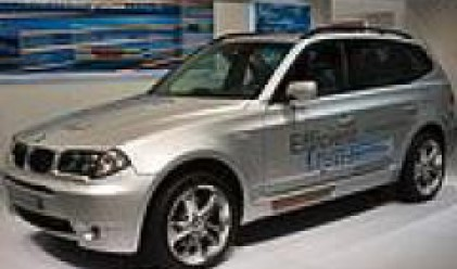 Печалбата на BMW се понижава с 38% през първото тримесечие