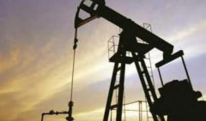 Суровият петрол с нов рекорд при 124.69 долара за барел