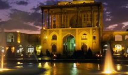 Разменяме си туристи с Иран
