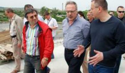 Станишев: Ускоряваме строителството на магистралите