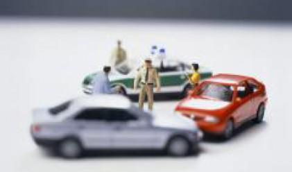 Двама от трима с автомобилни застраховки в Румъния въвличани в инциденти