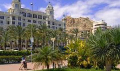 Спад от 37% в продажбите на жилища в Испания през март