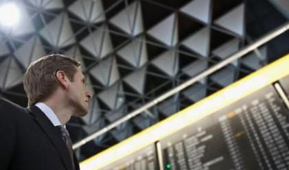 Отново затворени летища заради вулкана
