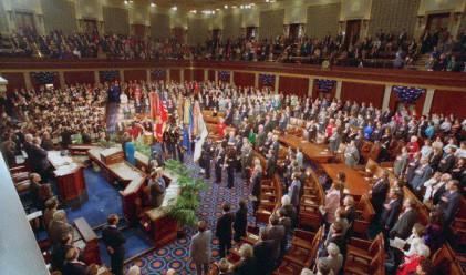 Сенатът одобри проектозакона за реформa на Уолстрийт