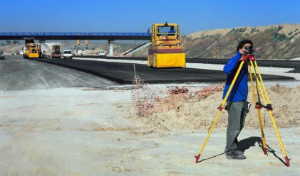 Испанци ще се борят за инфраструктурни проекти у нас