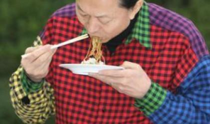 Японският премиер- най-зле облеченият в света