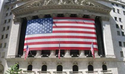Срив за щатските фючърси, Dow под 10 000 пункта