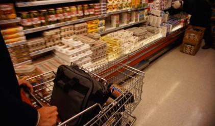 По-слабо потребление на битова техника и храни през март