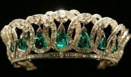 Тиара на съпругата на Наполеон ІІІ постави рекорд по цена