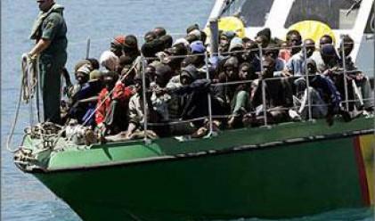 Богатите страни търсят спасение в имигрантите?