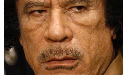Пращат Кадафи на изгнание в Сърбия?