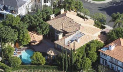 Чарли Шийн продава дома си за 7.2 млн. долара